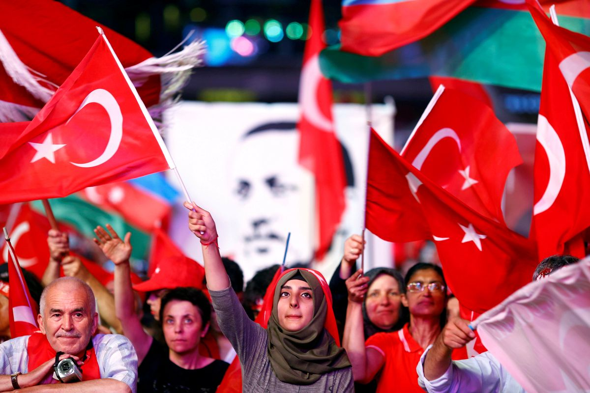 TURKEY BETWEEN EMERGENCY LAW AND SON-IN-LAW