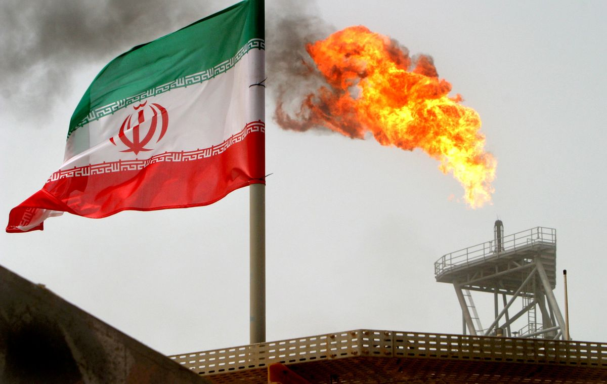 AMERICA'S CRUDE DREAMS ON IRAN