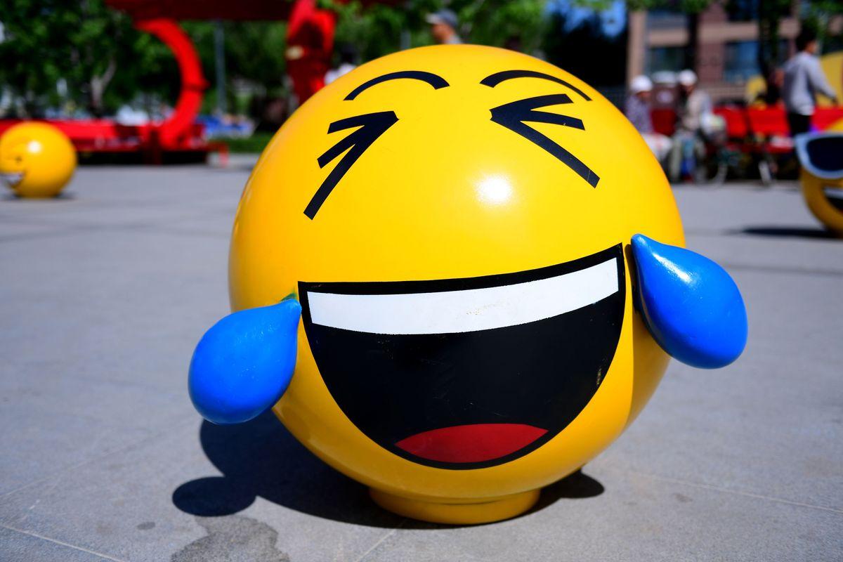 Hard Numbers: Emojis are super geopolitical