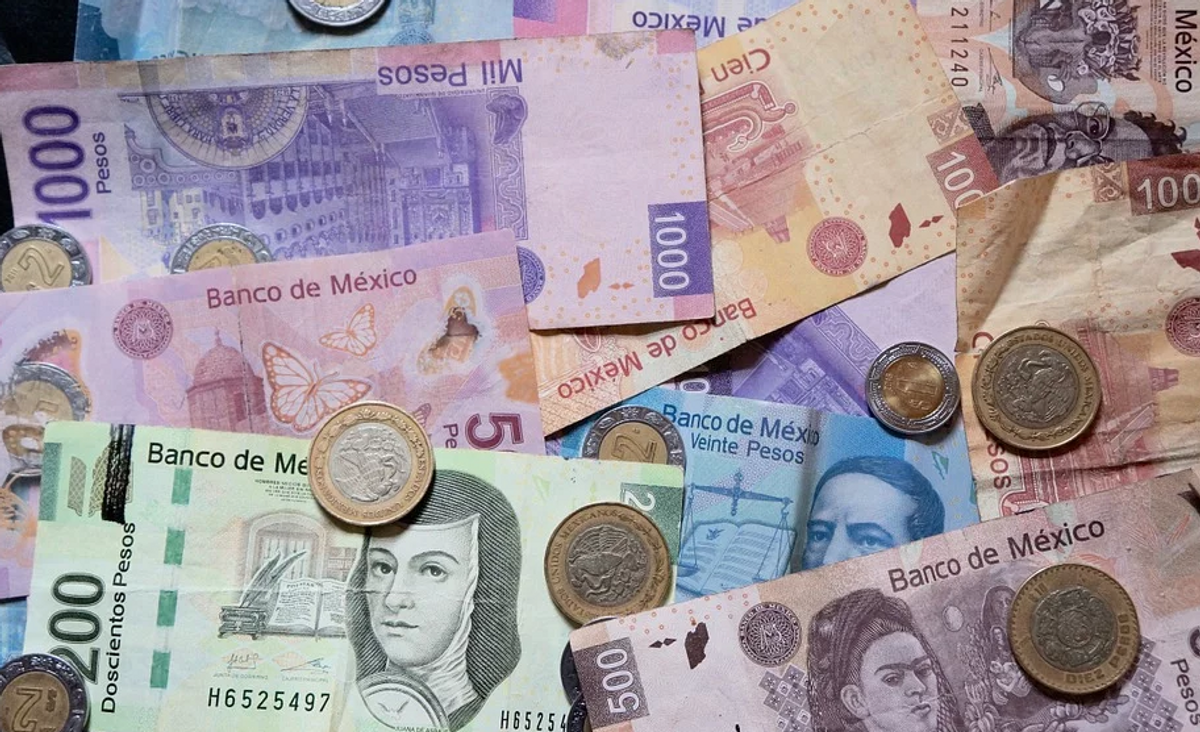 What We're Watching: Mexico boosts the minimum wage again