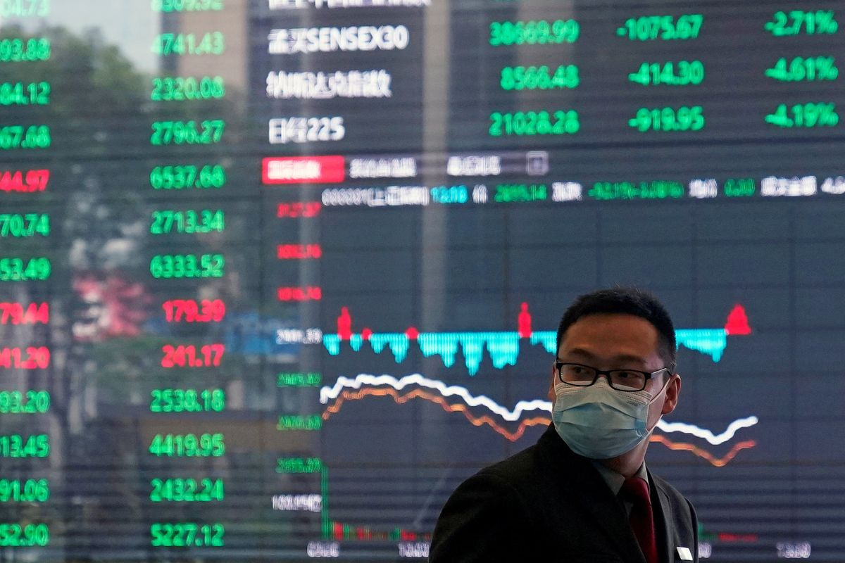 Hard Numbers: Virus vs Economy, Trump vs Chinese journos, Red October at 30