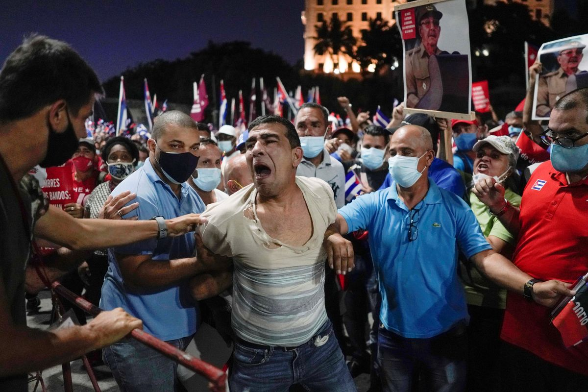 Hard Numbers: Cubans detained, Tunisian tycoon amnesty, US poverty falls, Armenian soldiers dead
