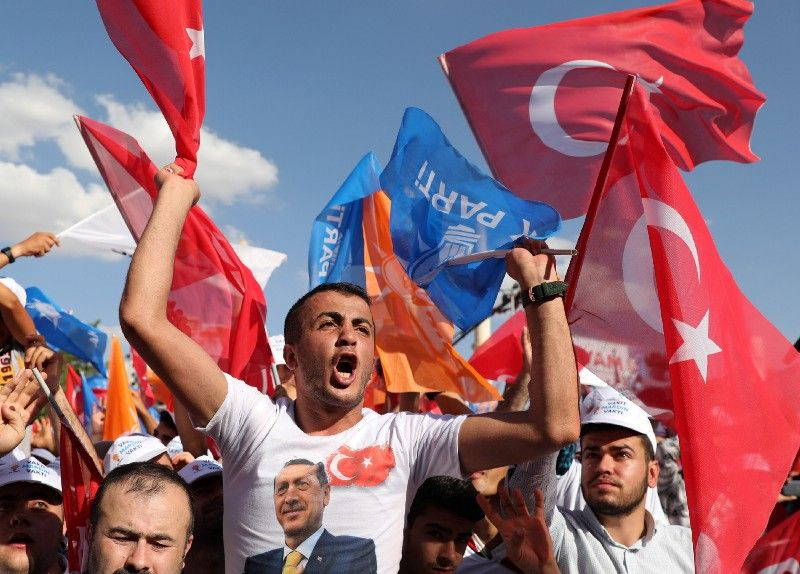 A LOOMING CRISIS IN TURKEY?