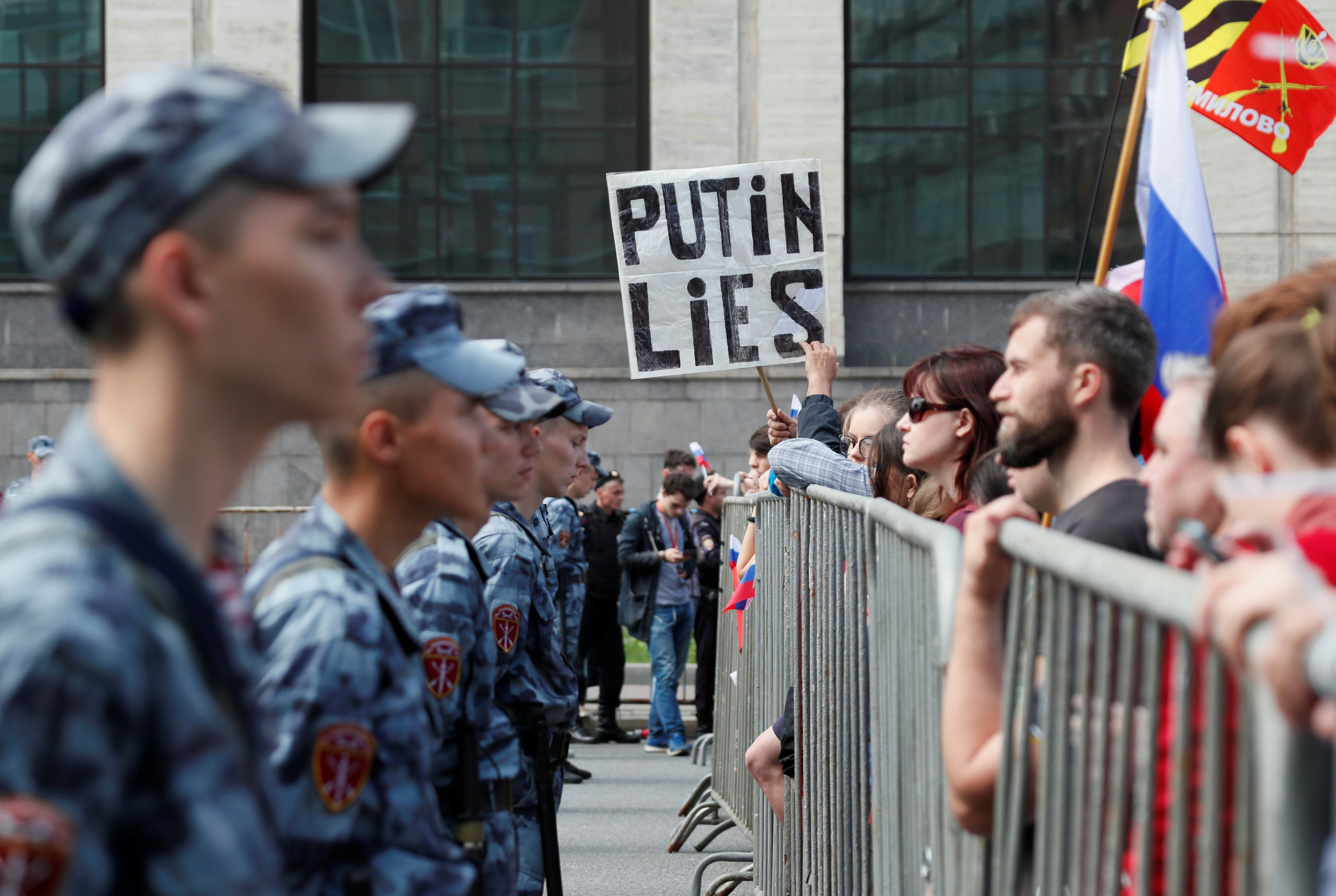 What We're Watching: Moscow Streets, Ukraine's Fresh Start, Hong Kong Thugs