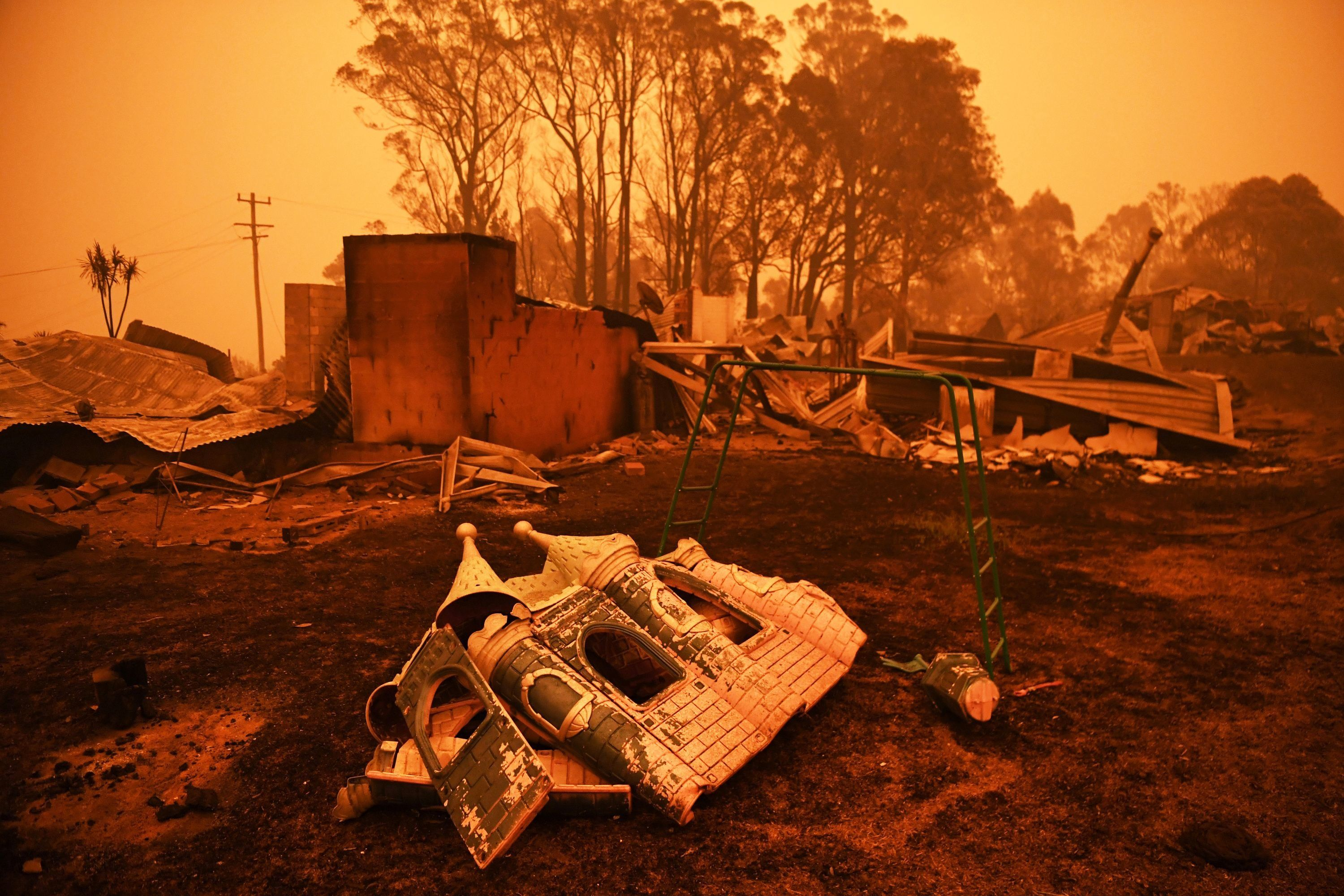 Hard Numbers: There's a single blaze in Australia the size of Manhattan