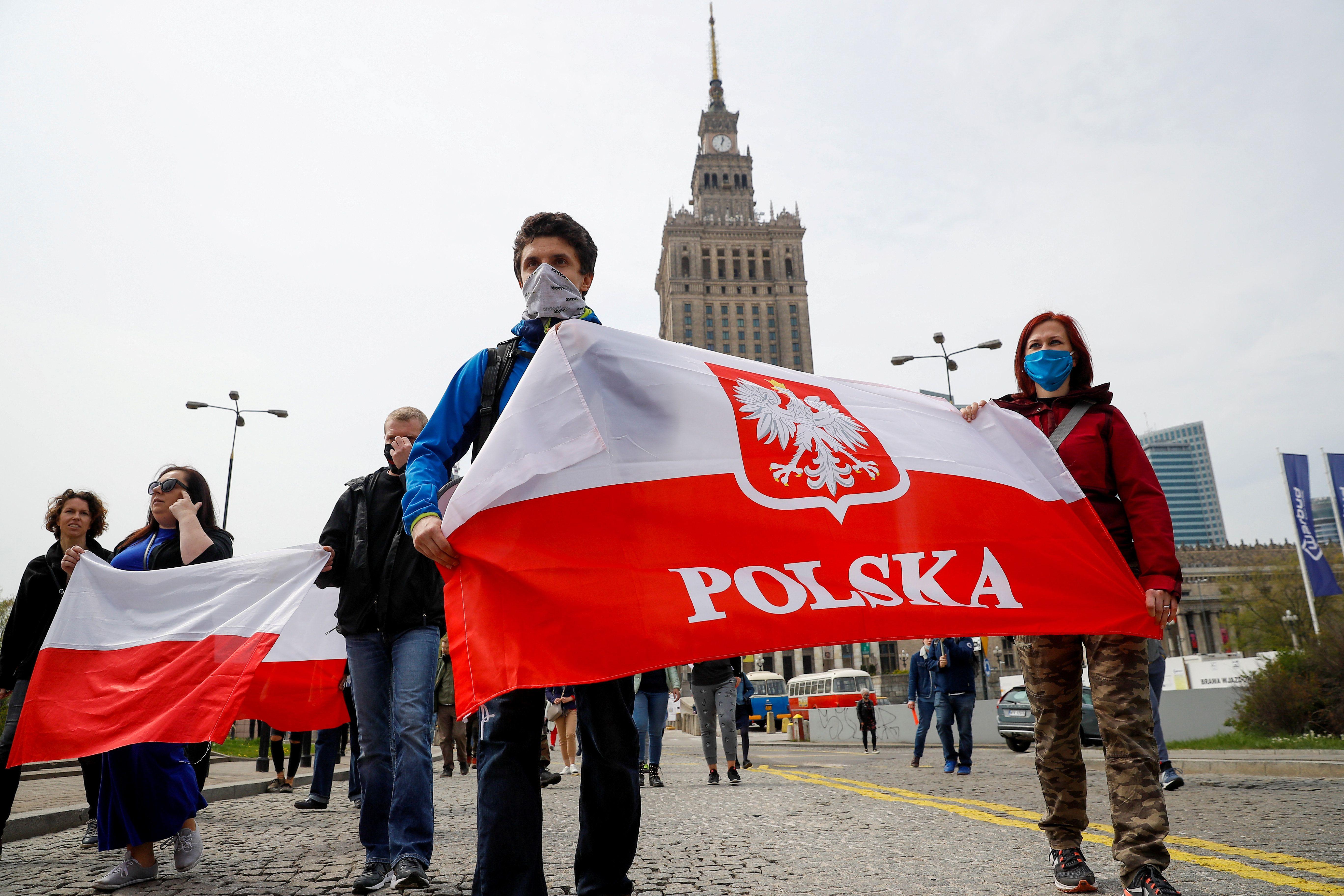 Coronavirus Politics Daily: Poland's election, Iraq on the rocks, the Peruvian urban exodus