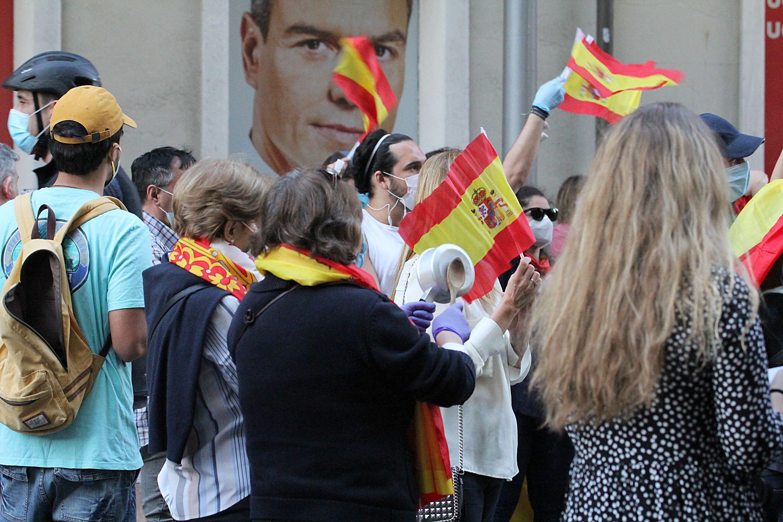 Coronavirus Politics Daily: Spain's blame scandal, Wuhan's testing scheme, Nigeria's food crisis