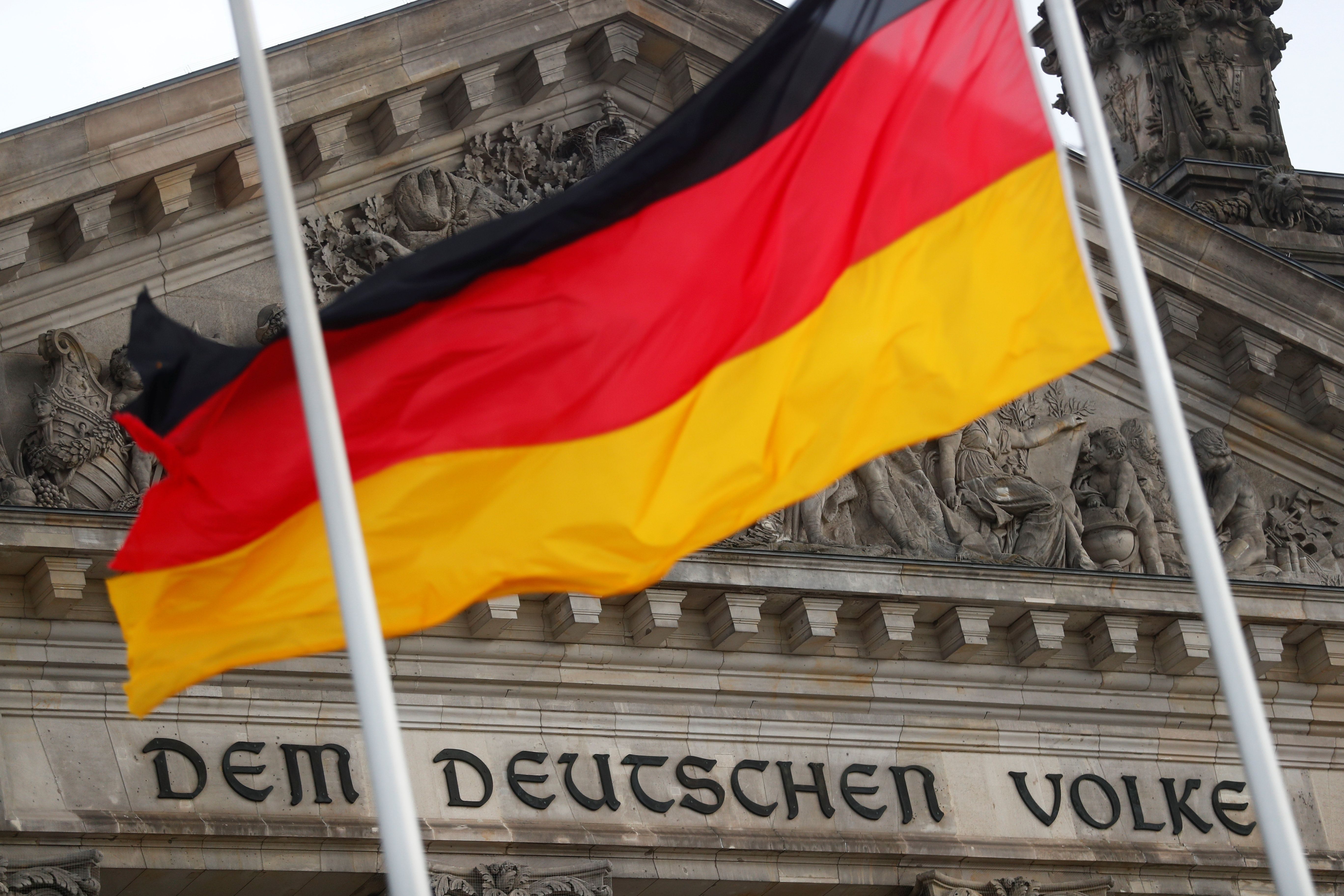 Hard Numbers: Germany's bloated Bundestag, Seoul students back online, Mexico corruption vote, Peru nightclub tragedy