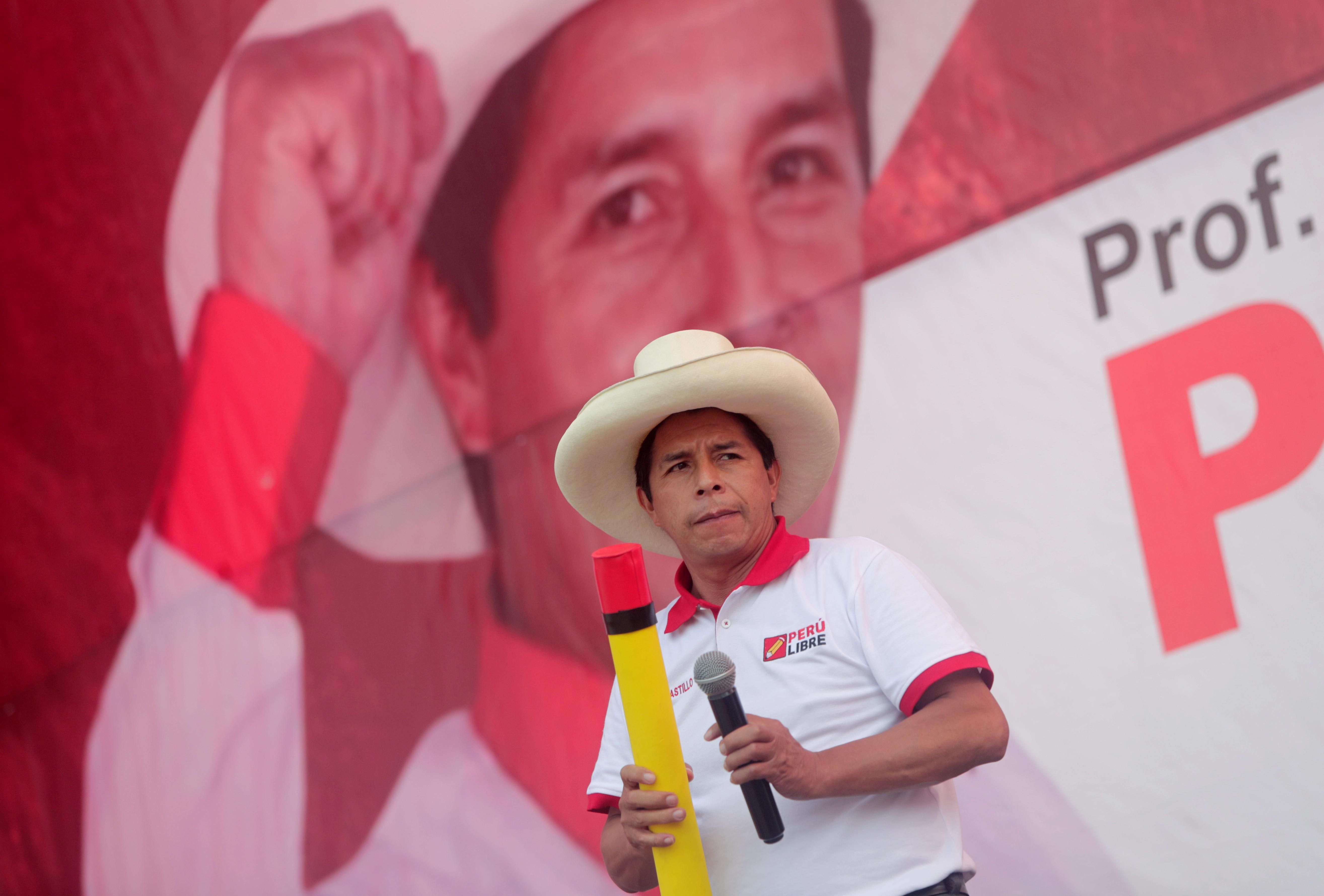 Peru makes a radical choice. Will it pan out?