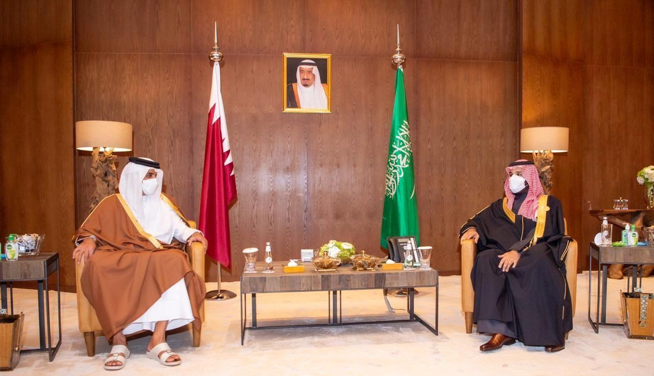 Saudi Arabia's Crown Prince Mohammed bin Salman meets Qatar's Emir Sheikh Tamim bin Hamad al-Thani during the Gulf Cooperation Council's (GCC) 41st Summit in Al-Ula, Saudi Arabia January 5, 2021.